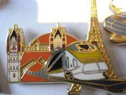 TGV PARIS LONDRES Fond Orange Pin's BALLARD - TGV