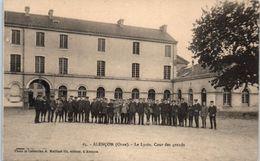 61 - Alençon -- Le Lycée , Cour Des Grands - Alencon