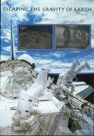 USA 2000 Escaping Gravity Of Earth Block Issue MNH Hologram Astronauts Space Capsule - Space