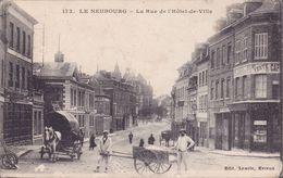 CPA - 60 - LE NEUBOURG - La Rue De L'hôtel De Ville - 173 - Le Neubourg