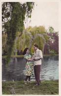 CPA, 3 CPA De Couples, Correspondance Amoureuse, Fleurs, étang, Banc, Datée 1946 - Couples
