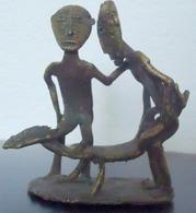 Bronze, Cire Perdue - Afrique De L'Ouest, Trio érotique, Oeuvre Unique - Poids Emballé 400 G. - 9,5 Cm X 8 Cm - African Art