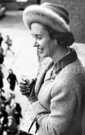 Postcard / ROYALTY / Belgique / Reine Fabiola / Koningin Fabiola / La Hestre / Clinique / 1961 - Manage