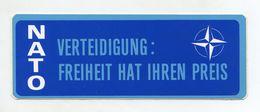 AUTOCOLLANT STICKER AUFKLEBER NATO VERTEIDIGUNG: FREIHEIT HAT IHREN PREIS - Stickers