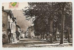 09 Les Cabannes, Entrée De La Ville (419) - France
