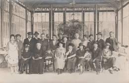 CARTE PHOTO MARTIGNY LES BAINS (88)  GROUPE DE PERSONNES À LA SOURCE - France