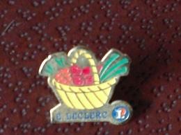 Vends  Pin's Etablissements LECLERC - Badges