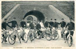 N°61012 -cpa Le Havre -1er Bataillon D'artillerie à Pied- Les Cyclistes- - Le Havre
