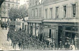 N°61015 -cpa Le Havre -les Artilleurs Revenant De La Manoeurvre- - Le Havre