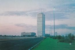 DUBAI - TRADE CENTER - Dubai
