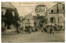 CPA 76 Seine Maritime Caudebec-en-Caux La Place De L'Eglise Animé - Caudebec-en-Caux