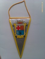 Banderín De Caldas De Montbuy. Barcelona. Cataluña. España. Años '60-'70 - Escudos En Tela