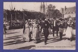 CD523) QUIMPER Gavotte Costume De Briec Et Goezec ( TTB état ) - Quimper