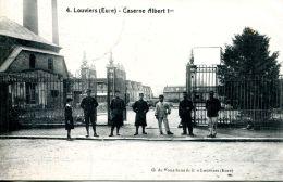 N°61038 -cpa Louviers -caserne Albert 1er- - Caserme
