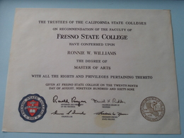 FRESNO STATE COLLEGE > Ronnie W. WILLIAMS > Master Of ARTS > 29th Aug 1969 ( See Photo For Signatures ) ! - Diplômes & Bulletins Scolaires