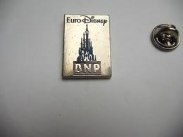 Beau Pin's En Zamac , Banque BNP , Euro Disney , Version Argent - Banks
