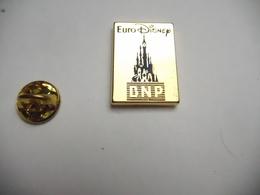 Beau Pin's En Zamac , Banque BNP , Euro Disney , Version Or - Banks