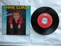 EP 45 T  ANNIE CORDY  LABEL  CBS 654730  LE COEUR GENEREUX - Disco, Pop