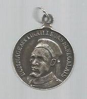 Médaille , Hommage Aux TIRAILLEURS SENEGALAIS ,troupe De MARINE ,6 Gr , Dia. 24 Mm - France