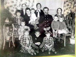 "57 METZ PHOTO DE LA FAMILLE NOMBREUSE PIERRE RITZ ""13 TETES "" PRIX COGNAC JAY  VERS 1930 - Metz"