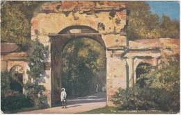 The Bailley Guard Gate, Lucknow -  (India) - (Raphael Tuck's  'Oilette' Postcard) - India