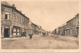 Leopoldsbug, Bourg Léopold, Rue Marechal Foch,  Hotel Restaurant Frascati Met Oldtimers En Postzegels 1935 - Leopoldsburg