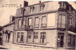 BOURGANEUF LE BUREAU DE LA POSTE - Bourganeuf