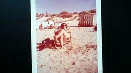 MÉLI - MELO DE 120 PHOTOS DE PLUSIEURS ALBUMS DONT QUELQUES PHOTOS D UN COUPLE À LA MER ANNÉES 1950 à 1970 - Albums & Collections