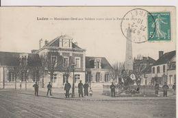 D45 - LADON - MONUMENT ELEVE AUX SOLDATS MORTS POUR LA PATRIE EN 1870 - (CARTE ANIMEE) - France