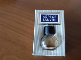 """ARPEGE  De LANVIN Très Ancienne Et Très Rare """" Boule Tronquée """" Sur Carton - Parf.1ml Bouchon Noir Siglé . (FONTAN) - Vintage Miniatures (until 1960)"""