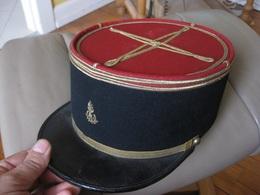 K224 KEPI OFFICIER LIEUTENANT A IDENTIFIER CHAPELIER BOIS BESANCON - Headpieces, Headdresses