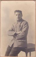 Lot De 2 Cartes Photos Et 3 Photos MILITAIRE Poilu 1914 1918 Médaille De Guerre - 25 Eme Et 121 Eme - Guerre 1914-18