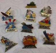 Pin S  Lot De 10 Pin's EAU VOLVIC    BOISSON   P34 - Beverages