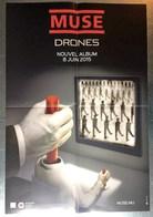 PLAN MEDIA BON DE PRECO AFFICHE PLIEE FORMAT 60X40 MUSE DRONES TRES BON ETAT RARE - Manifesti & Poster