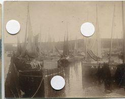 Bateau Pêche Voilier Ancienne Belle  Photo à Situer Identifier Port  Ocean   1900 ? Voile - Bateaux