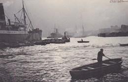 Fotokaart Koopvaardijschepen En Sleepboten In De Haven, Ships In Harbour, Photocard (pk45428) - Commerce