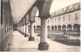FR03 MOULINS - Lycée Banville - Cour D'honneur - Belle - Moulins