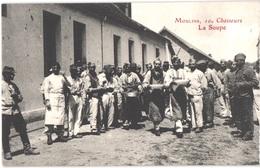 FR03 MOULINS - 10° Chasseurs - La Soupe - Animée - Belle - Moulins