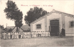 FR03 MOULINS - 10° Chasseurs - à La Voltige - Animée - Belle - Moulins
