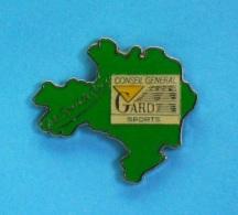 1 PIN'S //    ** TRÈS SPORT LE GARD ** CONSEIL GÉNÉRAL DU GARD / SPORTS ** - Unclassified