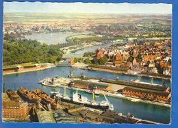 Deutschland; Lübeck; Hafen - Lübeck