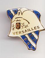Pin's Sapeurs Pompiers Versailles Réf 8300 - Firemen