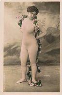 Themes Div - Ref W488- Femmes - Artistes - Artiste A Identifier - Photo H Manuel  - Carte Bon Etat  - - Artisti
