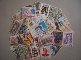 ESPAGNE LOT DE 100 TIMBRES OBLITERES TOUS DIFFERENTS - Collections