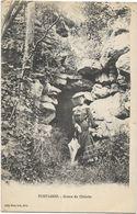Fontaines - Grotte Du Châtelet - Francia