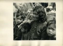 INDOCHINE : BEAU PORTRAIT D'UNE FEMME ET SES ENFANTS - PHOTO EPOQUE INDOCHINE FRANCAISE - Photographs