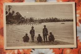 CAROLINAS Y MARIANAS Old Vintage Postcard Bathing In The Ocean Aborigens - Islas Maríanas