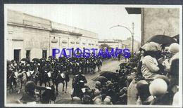 92349 PARAGUAY HELP POLITICA MILITARY SOLDIER PARADE A HORSE PHOTO NO POSTAL POSTCARD - Paraguay