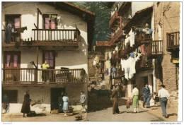 CPM Le Pays Basque Espagnol. Un Vieux Quartier De Fontarabie - Guipúzcoa (San Sebastián)