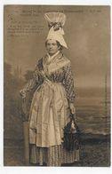 FALAISE - N° 16 - FEMME EN COSTUME DE 1840 - CPA VOYAGEE - Falaise